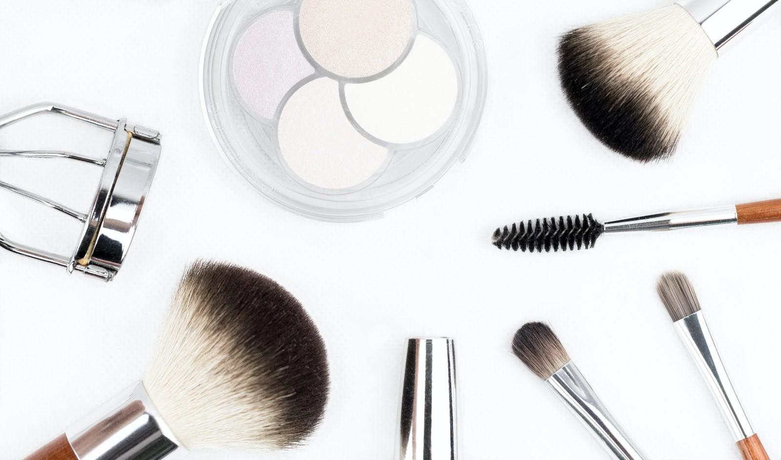 西安彩妆培训速成班(学习化妆的重要性)