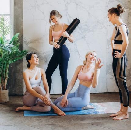 天津瑜伽教练培训多久可以当老师(瑜伽适合什么人练)