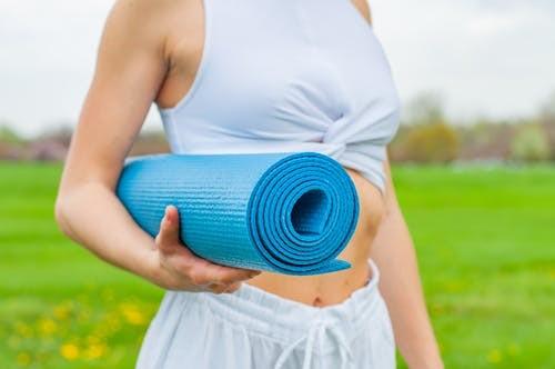青岛瑜伽教练培训学院(校)怎么样(孕妇可以练瑜伽吗)