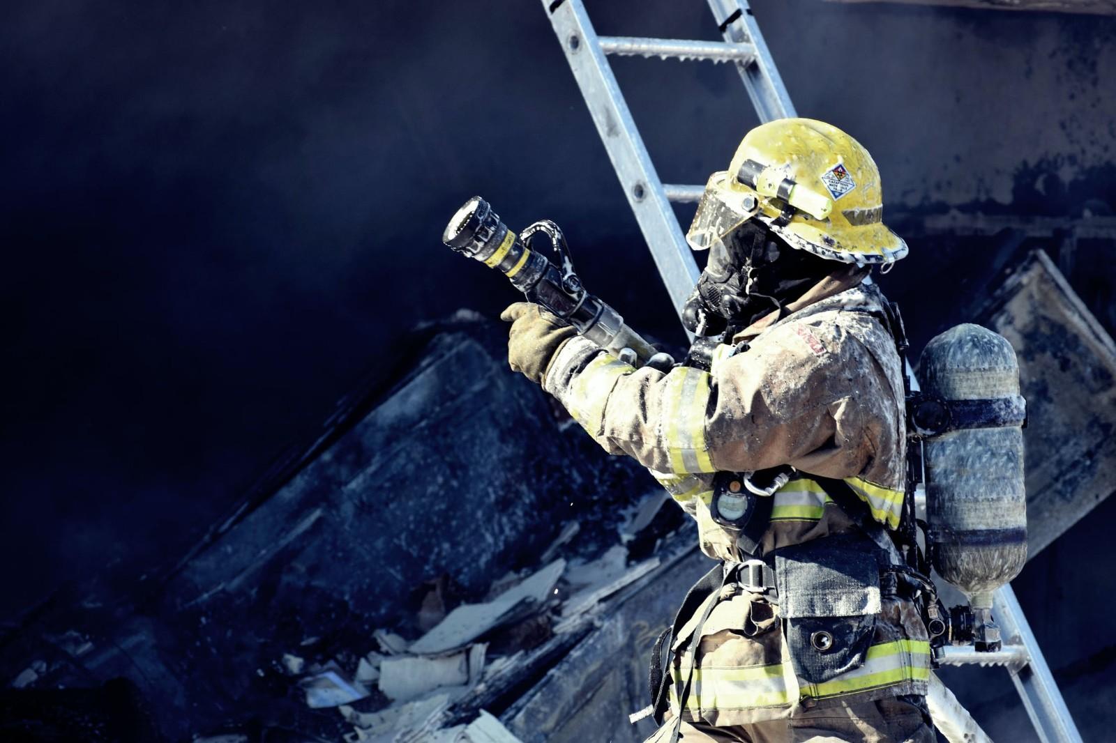 重庆培训消防工程师辅导(消防工程师培训班学费是要多少钱)