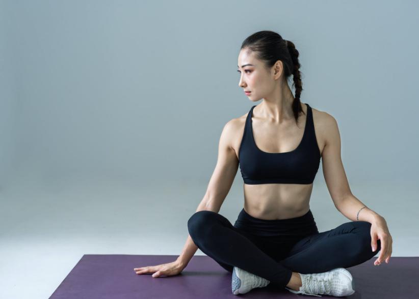 北京空中瑜伽教練培訓班費用(瑜伽教練證的種類)