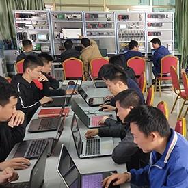 深圳宝安区哪里有工业机器人培训学校(学成工业机器人之后就业难吗)