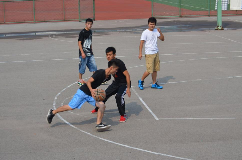 杭州萧山篮球培训班电话(为什么要让打篮球)