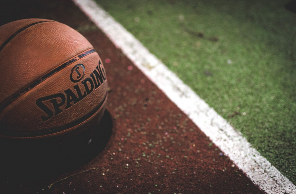 济南高新区排名前十少儿篮球培训机构(让学打篮球的好处)