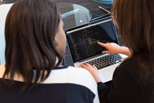 武汉十大web前端设计培训机构排名(web前端中JS应用)